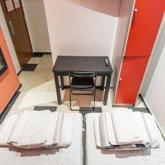 Отель Safestay Passeig de Gracia Испания, Барселона - отзывы, цены и фото номеров - забронировать отель Safestay Passeig de Gracia онлайн фитнесс-зал