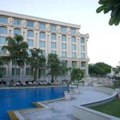 Отель Grand New Delhi Нью-Дели бассейн