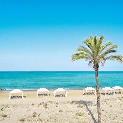 Отель Mandola Rosa, Grecotel Exclusive Resort Греция, Андравида-Киллини - 1 отзыв об отеле, цены и фото номеров - забронировать отель Mandola Rosa, Grecotel Exclusive Resort онлайн пляж фото 2