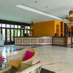 Отель Pattawia Resort & Spa интерьер отеля