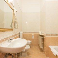 Отель Albergo Basilea Венеция ванная