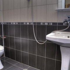 Отель Neon Guest Rooms Шумен ванная