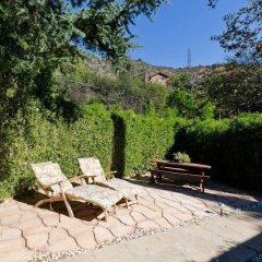 Отель Hollywood Hills canyon Breezes ! - Houses for Rent in Los Angeles бассейн