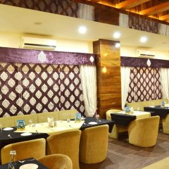 Отель OYO Premium Alankar Circle питание