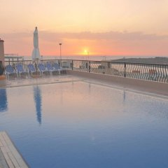 Soreda Hotel бассейн фото 2