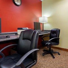 Отель Quality Inn США, Радфорд - отзывы, цены и фото номеров - забронировать отель Quality Inn онлайн интерьер отеля фото 3