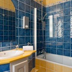 Отель The Originals des Orangers Cannes (ex Inter-Hotel) Франция, Канны - отзывы, цены и фото номеров - забронировать отель The Originals des Orangers Cannes (ex Inter-Hotel) онлайн ванная