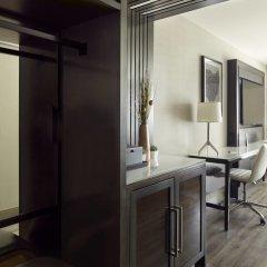 Отель Residence Inn by Marriott Columbus University Area сейф в номере