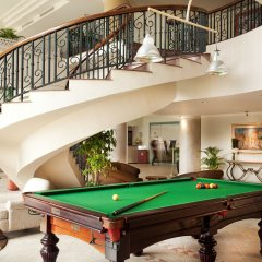 Отель Diamond Westlake Suites Ханой гостиничный бар