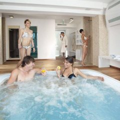 Hotel Zeus Римини бассейн