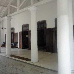 Отель Residence by Uga Escapes парковка