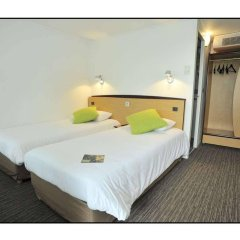 Отель Campanile Chalons en Champagne - Saint Martin комната для гостей фото 5