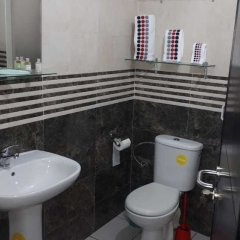 Отель Cheap Luxury Apart In Tangier With Wifi Марокко, Танжер - отзывы, цены и фото номеров - забронировать отель Cheap Luxury Apart In Tangier With Wifi онлайн ванная