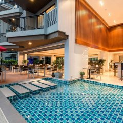 Отель The Charm Resort Phuket бассейн
