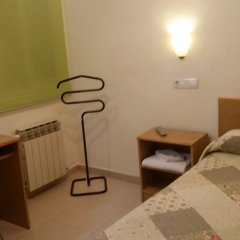 Отель Hostal Conde Güell Испания, Барселона - отзывы, цены и фото номеров - забронировать отель Hostal Conde Güell онлайн комната для гостей фото 2