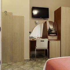 Отель Maiuri Италия, Помпеи - отзывы, цены и фото номеров - забронировать отель Maiuri онлайн удобства в номере