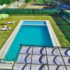 Отель EV Villas бассейн