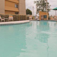 Отель La Quinta Inn & Suites Meridian с домашними животными