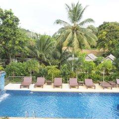 Отель Hatzanda Lanta Resort Ланта бассейн