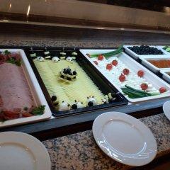 Отель Moura Болгария, Боровец - 1 отзыв об отеле, цены и фото номеров - забронировать отель Moura онлайн питание фото 2