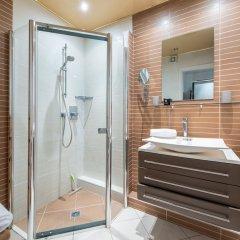 Отель Happy Few - Eros Франция, Ницца - отзывы, цены и фото номеров - забронировать отель Happy Few - Eros онлайн ванная