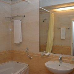 Отель National Palace Hotel Болгария, Сливен - отзывы, цены и фото номеров - забронировать отель National Palace Hotel онлайн ванная фото 2