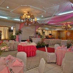 Отель Crown Regency Residences - Cebu фото 2