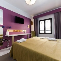 Отель The Purple by Ibiza Feeling - LGBT Only комната для гостей