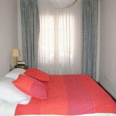 Отель Suitur Courtyard House Испания, Барселона - отзывы, цены и фото номеров - забронировать отель Suitur Courtyard House онлайн комната для гостей фото 4