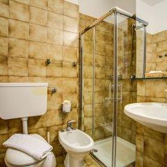 Отель Eurhotel Италия, Римини - отзывы, цены и фото номеров - забронировать отель Eurhotel онлайн ванная фото 2