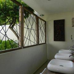 Отель Sayab Hostel Мексика, Плая-дель-Кармен - отзывы, цены и фото номеров - забронировать отель Sayab Hostel онлайн ванная фото 2
