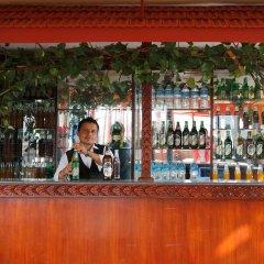 Отель Nepalaya Непал, Катманду - отзывы, цены и фото номеров - забронировать отель Nepalaya онлайн гостиничный бар