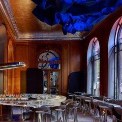 Hotel Plaza Athenee Париж развлечения