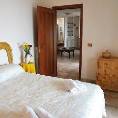 Отель Yellow Spring Итри комната для гостей фото 2