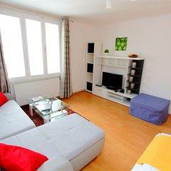 Апартаменты Checkvienna – Apartment Reumannplatz Вена комната для гостей фото 2