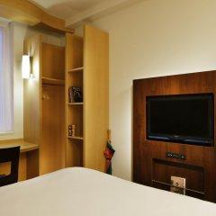 Отель Ibis London Blackfriars сейф в номере