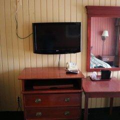 Отель Jasper Ridge Inn Ishpeming By Magnuson Worlwide удобства в номере фото 2