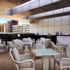 Отель Wyndham Dubai Marina Дубай гостиничный бар