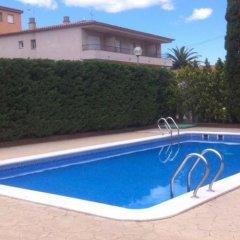 Отель House Beach Roses Испания, Курорт Росес - отзывы, цены и фото номеров - забронировать отель House Beach Roses онлайн бассейн