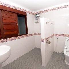 Отель Paknampran Hotel Таиланд, Пак-Нам-Пран - отзывы, цены и фото номеров - забронировать отель Paknampran Hotel онлайн ванная фото 2