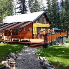 Отель Mt. Robson Mountain River Lodge