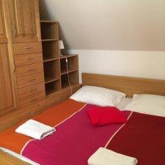 Отель Charles Bridge Apartments Чехия, Прага - отзывы, цены и фото номеров - забронировать отель Charles Bridge Apartments онлайн сейф в номере