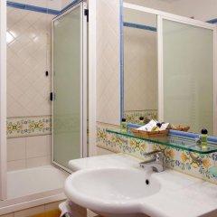 Отель Amalfi Hotel Италия, Амальфи - 1 отзыв об отеле, цены и фото номеров - забронировать отель Amalfi Hotel онлайн ванная фото 2
