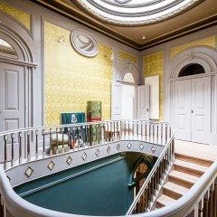 Отель Palácio Fenizia (Charm Palace) интерьер отеля