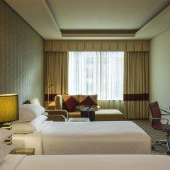 Отель Four Points by Sheraton Bur Dubai ОАЭ, Дубай - 1 отзыв об отеле, цены и фото номеров - забронировать отель Four Points by Sheraton Bur Dubai онлайн комната для гостей фото 2