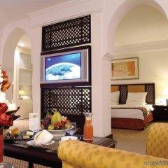 Radisson Blu Hotel, Riyadh комната для гостей фото 4