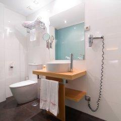 Отель Petit Palace Alcalá ванная фото 2