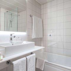 Отель NH Köln Altstadt Германия, Кёльн - 1 отзыв об отеле, цены и фото номеров - забронировать отель NH Köln Altstadt онлайн ванная фото 2
