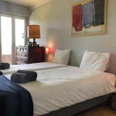 Отель Lisbon Luxe Spacious Flat комната для гостей