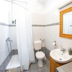 Отель Little Rock Rooms ванная